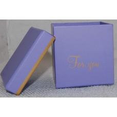 Cepuru kaste dzīvajiem ziediem, četrkantīga, violeta